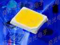 Everlight照明LED 0.2W 2835白光�N片�糁�