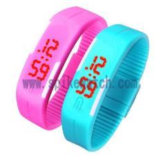 新款触屏LED电子手环情侣手表 防水硅胶手表