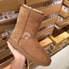 UGG雪地靴澳洲防滑皮毛一体女鞋免费试用